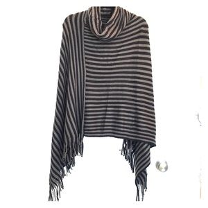 Sweaters - ✨Black and Grey Striped Poncho